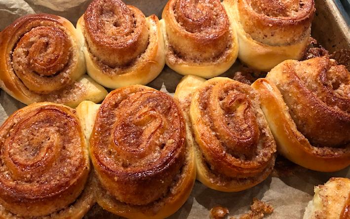 Cinnamon Roll Olas's Bakery