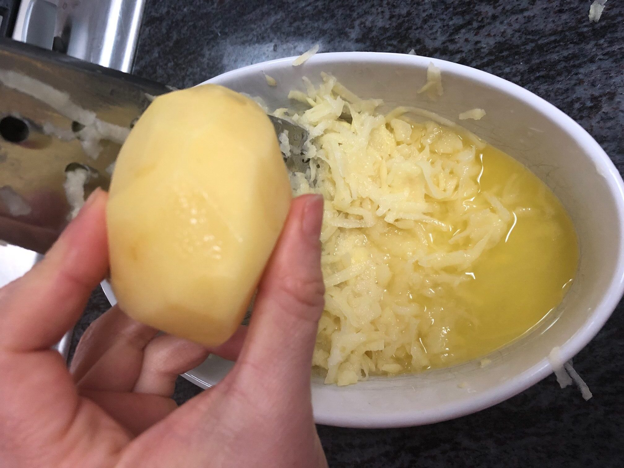 grate the potatoes