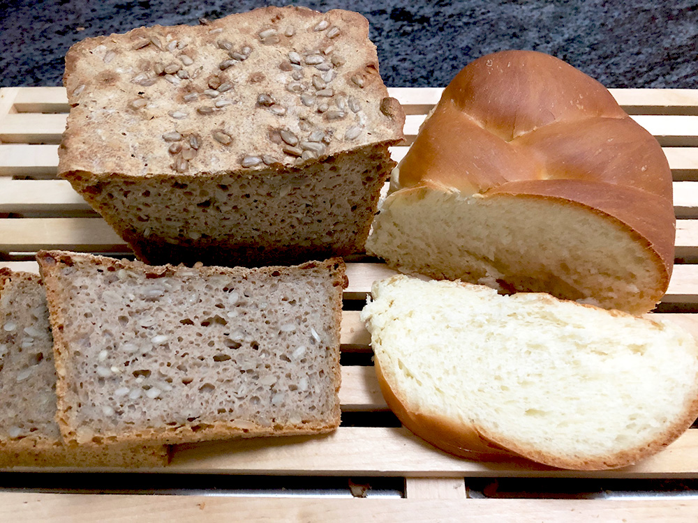white and dark breads