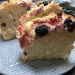 Fruit yeast cake