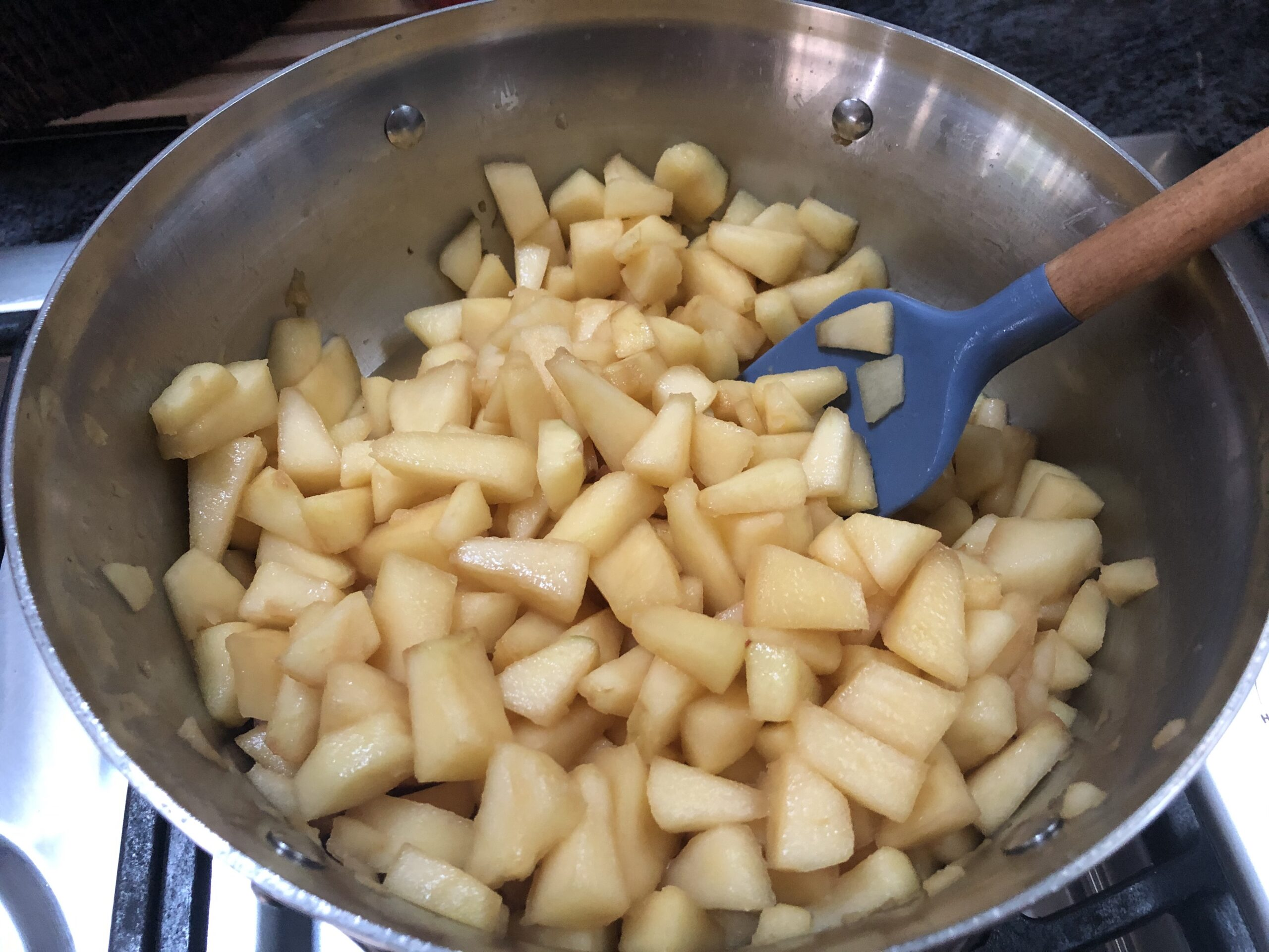 add apples to skillet